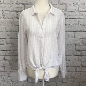 Cloth & Stone Tie Front Blouse